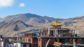 Νεπάλ - κτήρια σύνθετα σε Mukinath στοκ φωτογραφίες