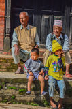 Νεπάλ - 26 Απριλίου 2015: Η καθημερινή ζωή των ανθρώπων της πλατείας του Νεπάλ Durbar στο Κατμαντού, Νεπάλ, μετά από 7 σεισμός 8 στοκ φωτογραφία με δικαίωμα ελεύθερης χρήσης