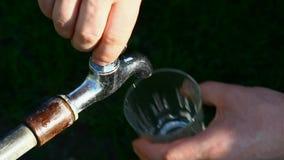 Νερό από τη βρύση απόθεμα βίντεο