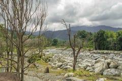 Νερό από το υποστήριγμα Kinabalu Στοκ Φωτογραφίες