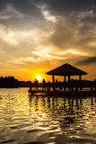 Νερό Gazebo και ηλιοβασίλεμα ΙΙ Στοκ Εικόνες