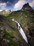 Νερό Trollstigen ρέοντας γρήγορα στοκ εικόνα