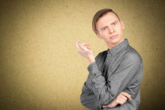 Νευρικός νεαρός άνδρας Στοκ φωτογραφίες με δικαίωμα ελεύθερης χρήσης