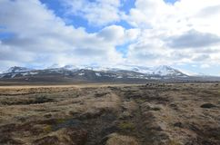 Νεφελώδεις ουρανοί επάνω από τον παγετώνα Snaefellsjokull στην Ισλανδία Στοκ εικόνα με δικαίωμα ελεύθερης χρήσης
