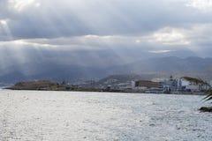 Νεφελώδης ουρανός με τις ακτίνες ήλιων Στοκ εικόνες με δικαίωμα ελεύθερης χρήσης