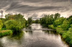 νεφελώδης ποταμός ημέρας sha Στοκ εικόνες με δικαίωμα ελεύθερης χρήσης