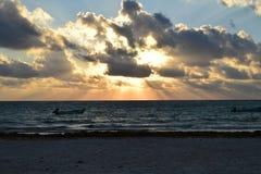 Νεφελώδες βράδυ στην παραλία σε Tulum, Μεξικό Στοκ φωτογραφίες με δικαίωμα ελεύθερης χρήσης