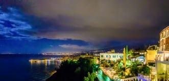 Νεφελώδες μεσογειακό σεληνόφωτο Taormina Στοκ Φωτογραφία