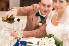 Νεόνυμφος και νύφη Στοκ Φωτογραφίες