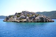 Νησάκι στη Μεσόγειο Στοκ φωτογραφία με δικαίωμα ελεύθερης χρήσης