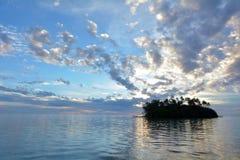 Νησάκι Taakoka στις νήσους Rarotonga Κουκ λιμνοθαλασσών Muri ανατολής Στοκ φωτογραφίες με δικαίωμα ελεύθερης χρήσης