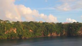 νησί ακτών τροπικό Kingstown, Άγιος Vincent και Γρεναδίνες απόθεμα βίντεο