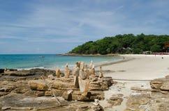 Νησί και μπλε ουρανός Samed στην Ταϊλάνδη Στοκ φωτογραφία με δικαίωμα ελεύθερης χρήσης