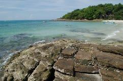 Νησί και μπλε ουρανός Samed στην Ταϊλάνδη Στοκ φωτογραφίες με δικαίωμα ελεύθερης χρήσης