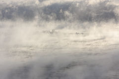 Νησί σε ένα αχνιστό νερό Στοκ φωτογραφίες με δικαίωμα ελεύθερης χρήσης