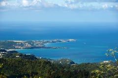 Νησί της Γρενάδας - Άγιος George ` s - μεγάλοι Anse και κόλπος διαβόλων Στοκ φωτογραφία με δικαίωμα ελεύθερης χρήσης