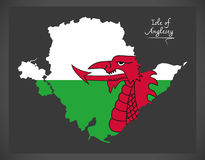 Νησί του χάρτη Anglesey Ουαλία με την ουαλλέζικη εθνική σημαία Στοκ Φωτογραφίες