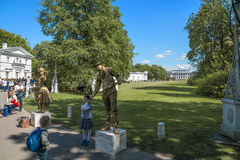 Νησί Central Park Elagin του πολιτισμού και της αναψυχής στο ST Pete Στοκ εικόνες με δικαίωμα ελεύθερης χρήσης