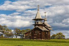 Νησί Kizhi, Petrozavodsk, Καρελία, Ρωσική Ομοσπονδία - 20 Αυγούστου 2018: Λαϊκή αρχιτεκτονική και η ιστορία της κατασκευής ο στοκ εικόνα