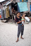 ΝΗΣΊ MABUL, SABAH Τοπικά παιδιά με το μικρό αδελφό του Στοκ φωτογραφία με δικαίωμα ελεύθερης χρήσης
