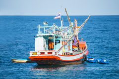 Νησί Tao, Ταϊλάνδη - 12 Ιουνίου 2016: Οι βάρκες για παίρνουν τους τουρίστες γ Στοκ Φωτογραφία