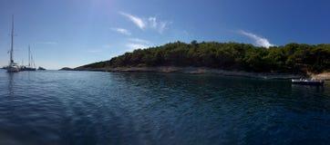 Νησιά της Κροατίας μια ηλιόλουστη ημέρα Στοκ εικόνες με δικαίωμα ελεύθερης χρήσης