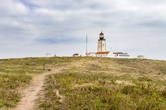 Νησιά Berlengas, Πορτογαλία - 21 Μαΐου 2018: Φάρος πάνω από την επιφύλαξη φύσης Berlengas στοκ εικόνες με δικαίωμα ελεύθερης χρήσης