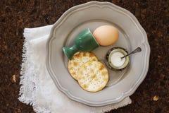 νησοπέρδικες αυγών κοτόπουλου Πρόγευμα Πάσχας Στοκ Φωτογραφίες