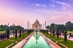 2 Νοεμβρίου 2014: Πανόραμα των κήπων του Taj Mahal στο Α Στοκ Φωτογραφίες