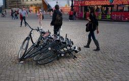 Νοικιάστε τα ποδήλατα ποδηλάτων στο Βερολίνο, Γερμανία Στοκ Φωτογραφία