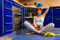 νοικοκυρά που κουράζεται Στοκ Φωτογραφίες