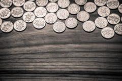 Νομίσματα επετείου lat ενός παλαιού λετονικού νομίσματος - μονοχρωματικό VI Στοκ φωτογραφία με δικαίωμα ελεύθερης χρήσης