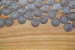 Νομίσματα επετείου lat ενός παλαιού λετονικού νομίσματος Στοκ Φωτογραφίες