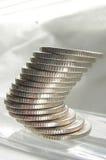 νομίσματα ισορροπίας Στοκ φωτογραφίες με δικαίωμα ελεύθερης χρήσης