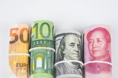 Νομίσματα και έννοιες εμπορικών συναλλαγών ανταλλαγής χρημάτων Οι ρόλοι του VAR Στοκ φωτογραφία με δικαίωμα ελεύθερης χρήσης