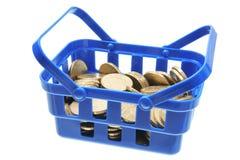 νομίσματα καλαθιών Στοκ εικόνα με δικαίωμα ελεύθερης χρήσης