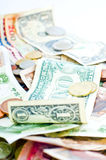 νομίσματα λογαριασμών Στοκ εικόνες με δικαίωμα ελεύθερης χρήσης