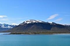 Νορβηγικά βουνά με το χιόνι Στοκ εικόνα με δικαίωμα ελεύθερης χρήσης