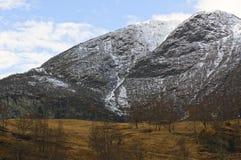 Νορβηγικά φιορδ και βουνά Στοκ Φωτογραφίες