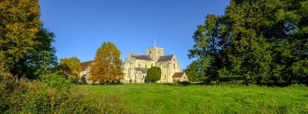 Νοσοκομείο του σταυρού του ST και Almhouses της ευγενούς ένδειας, στο θερμό φως του ήλιου βραδιού φθινοπώρου, Winchester, Χάμπσαϊ στοκ εικόνες