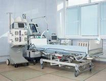 Νοσοκομειακό κρεβάτι ICU Στοκ φωτογραφίες με δικαίωμα ελεύθερης χρήσης
