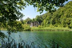 νοτιοανατολικός καταρράκτης plitvice πάρκων της Κροατίας Ευρώπη μεγαλύτερος εθνικός παλαιότερος Στοκ Φωτογραφία