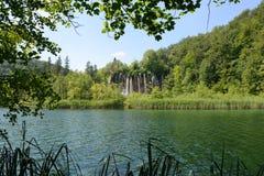 νοτιοανατολικός καταρράκτης plitvice πάρκων της Κροατίας Ευρώπη μεγαλύτερος εθνικός παλαιότερος Στοκ φωτογραφία με δικαίωμα ελεύθερης χρήσης