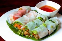 Νουντλς σαλάτας, ταϊλανδικά τρόφιμα Στοκ Φωτογραφίες