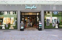 Ντάγκλας είναι ένα γερμανικοί άρωμα και λιανοπωλητής καλλυντικών στοκ εικόνα