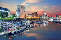 Ντίσελντορφ, λιμάνι μέσων, Zollhof, North Rhine-Westphalia, Γερμανία στοκ εικόνες με δικαίωμα ελεύθερης χρήσης