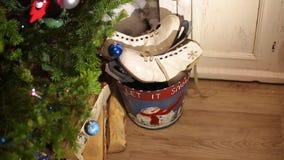 Ντεκόρ Χριστουγέννων του σπιτιού Χριστουγεννιάτικο δέντρο και φανάρια φιλμ μικρού μήκους