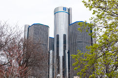 ΝΤΙΤΡΌΙΤ, MI - 8 ΜΑΐΟΥ: Παγκόσμια έδρα General Motors όπου η πλειοψηφία των διαδικασιών της GM είναι βασισμένη στο στο κέντρο της στοκ φωτογραφίες