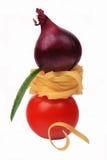 ντομάτα ζυμαρικών κρεμμυ&delta Στοκ φωτογραφίες με δικαίωμα ελεύθερης χρήσης