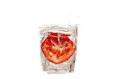 Ντομάτα σε ένα γυαλί Στοκ φωτογραφίες με δικαίωμα ελεύθερης χρήσης